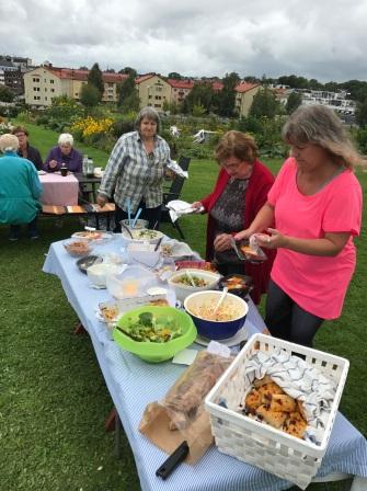 Östrabokoloniträdgård sensommarfest 2017-8